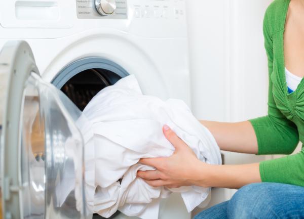 estilo único excepcional gama de estilos y colores sitio de buena reputación Lavar ropa blanca, todos los trucos y consejos para eliminar ...