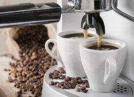 cafetera automática molinillo